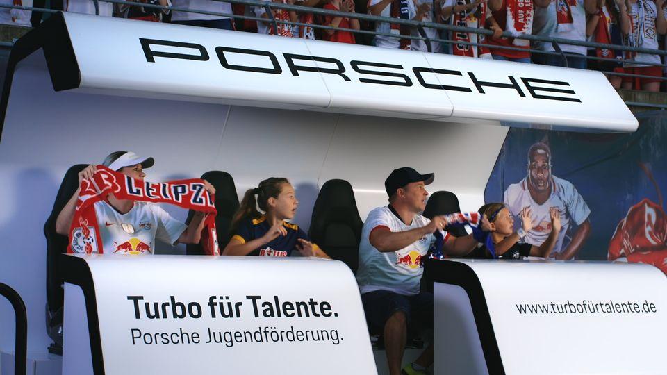 2019 Porsche_2.21.1_HDklein